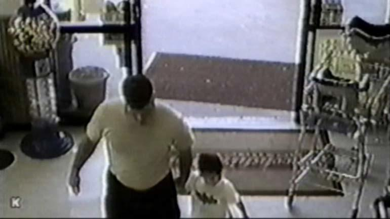 David Temple and his son as seen on surveillance