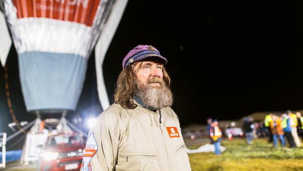 balloon-world-record-attempt-620s1aetpcktbabaustralia.jpg