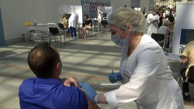 Russia sees 3 times more COVID cases than it had last fall