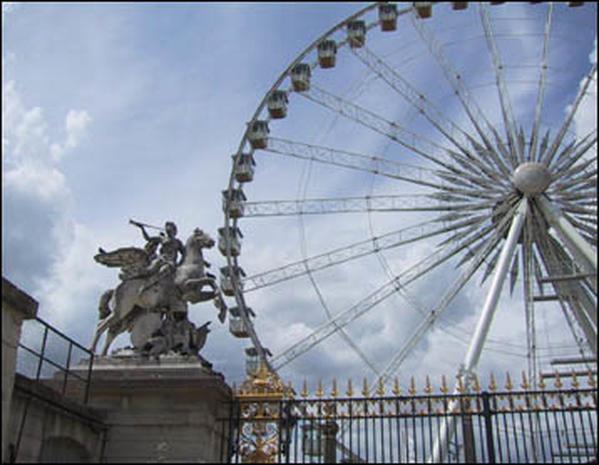 Paris: 10 Little Secrets
