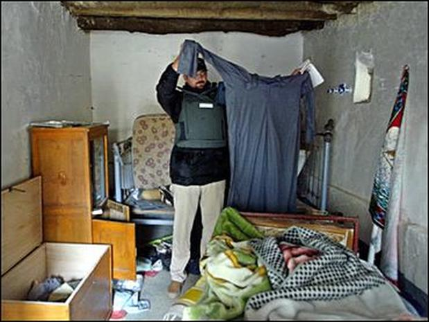 Saddam S Hideout Photo 18 Pictures Cbs News
