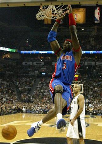 2005 NBA Finals:<br>Game 01