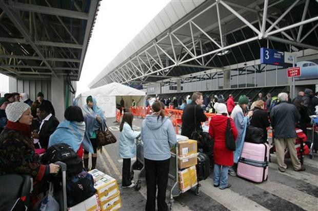 Ho Ho Ho-liday Travel