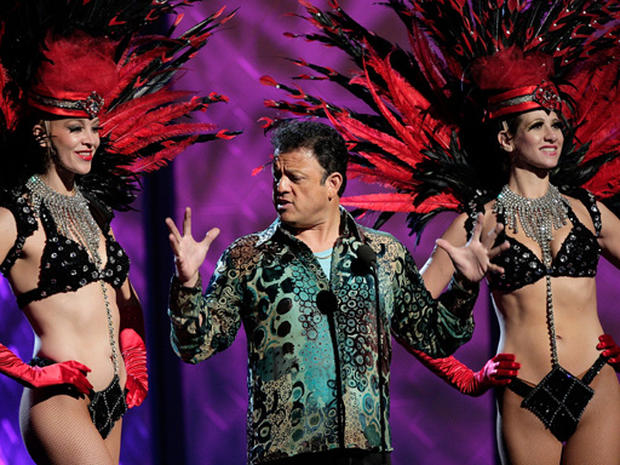 Latin Music Honors In Vegas - Photo 6 - Pictures - CBS News