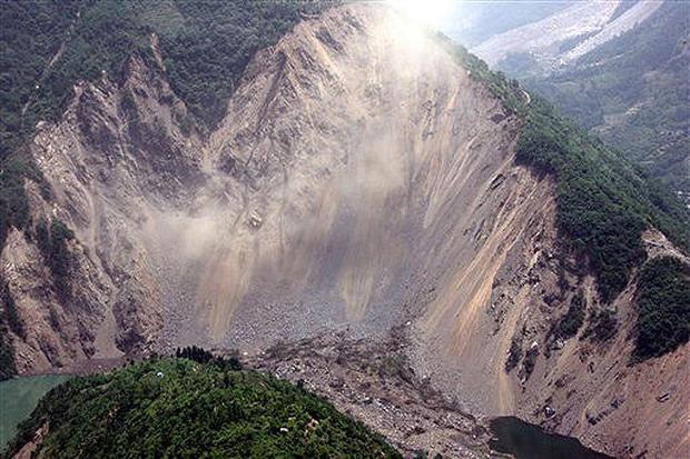 Rain Comes To Quake Zone