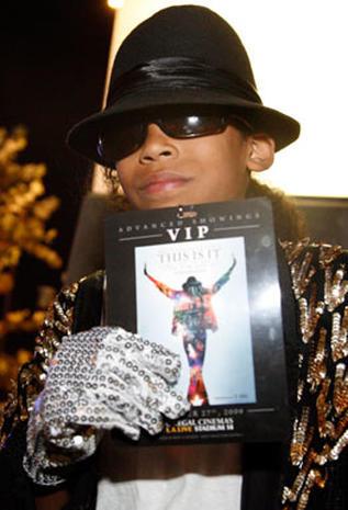 Fans Flock to Jackson Film