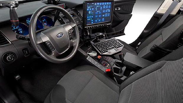 ford police interceptor pictures new police car bears down on competition cbs news. Black Bedroom Furniture Sets. Home Design Ideas