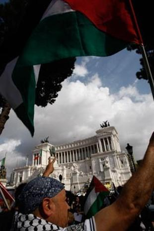 Worldwide Protests Follow Israeli Flotilla Raid