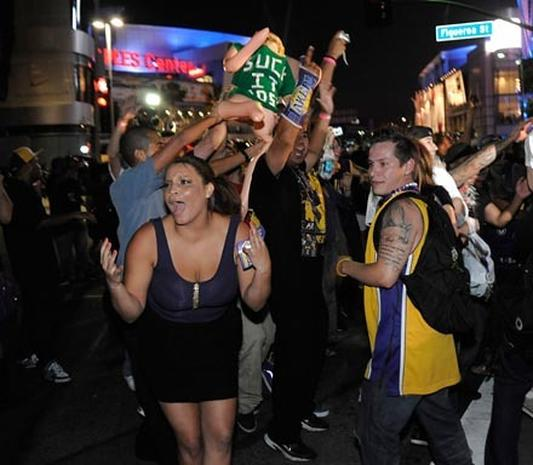 Lakers Fans Turn Rowdy