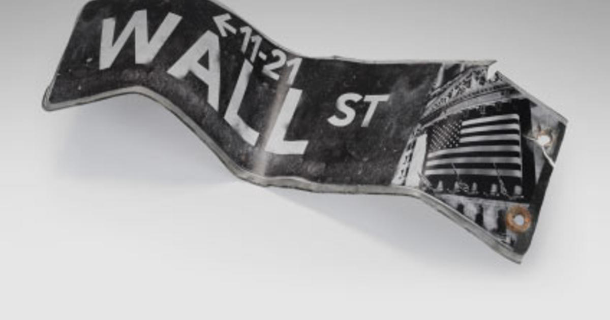 wallstreet overview Stone's wall street is a radical critique of the capitalist trading mentality, and it obviously comes at a time when the financial community is especially vulnerable the movie argues that most small investors are dupes, and that the big market killings are made by men such as gekko, who swoop in and snap whole companies out from under the.