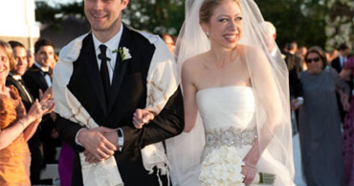 Just married mr and mrs marc mezvinsky cbs news for Tatiana schlossberg wedding dress