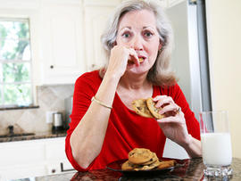 forgetting meals, eating, senior, mature, woman, dementia, Alzheimer's chocolate chip cookies, 4x3