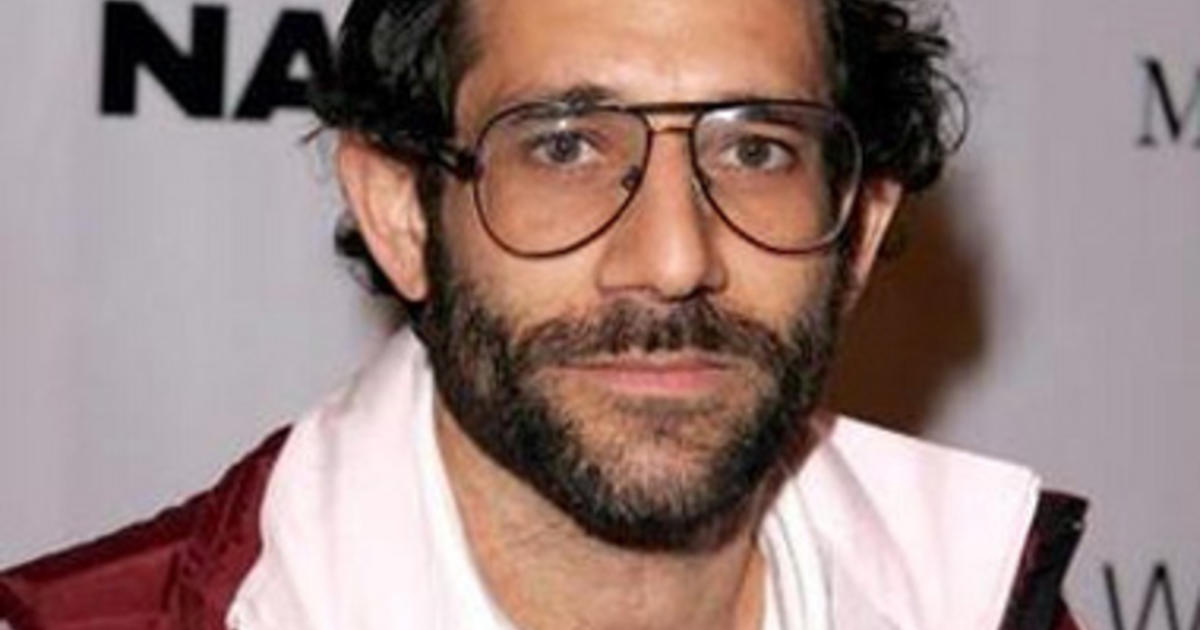 American Apparel S Dov Charney Isn T Going Quietly Cbs News