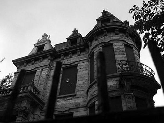 Scariest Haunted Houses in U.S.