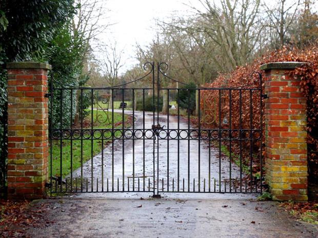 """Ellingham Hall, Site of Julian Assange's """"Mansion Arrest"""""""