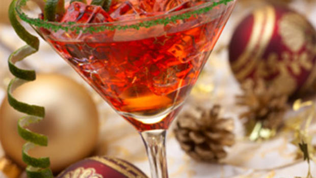 Crowd pleasing cocktails for your holiday party cbs news for Christmas in a glass cocktail
