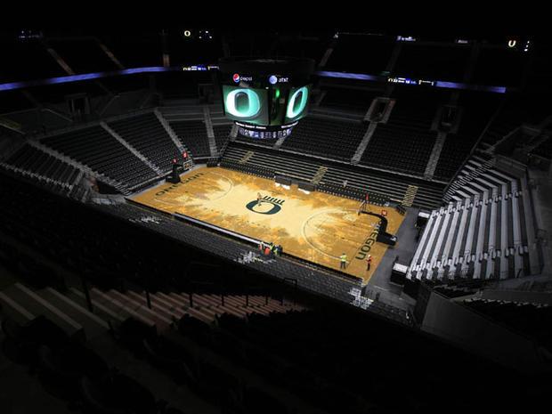 Oregon Basketball Court Under Much Scrutiny, Mixed Reactions on Fir Design
