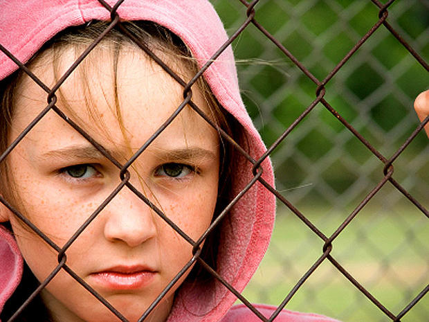 Bullying: 9 warning signs parents shouldn't ignore