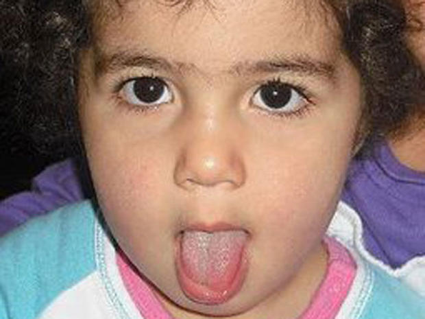 """Dad kills daughter after posting """"bout to kill ma kid"""" on Facebook"""