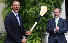 Obama jokes about hurling, paddling Congress