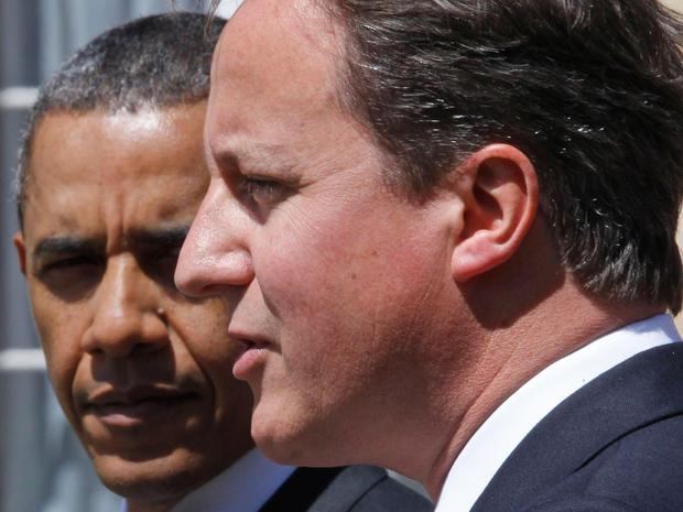 Obamas get royal welcome