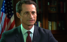Weiner deflects questions about lewd photo
