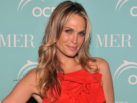 Molly Sims attends World Ocean Day 2011 celebrated by La Mer and Oceana on May 18, 2011, in New York.