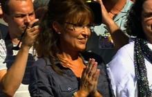 Palin arrives at Iowa movie premiere