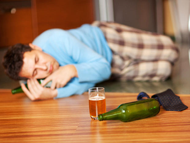 """14 """"facts"""" about drinking: Are you misinformed?"""