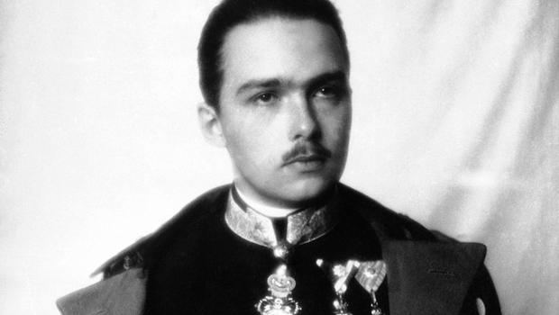last heir to the austrohungarian empire dies cbs news