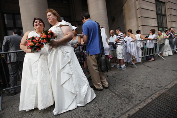 First gay wedding day in N.Y.