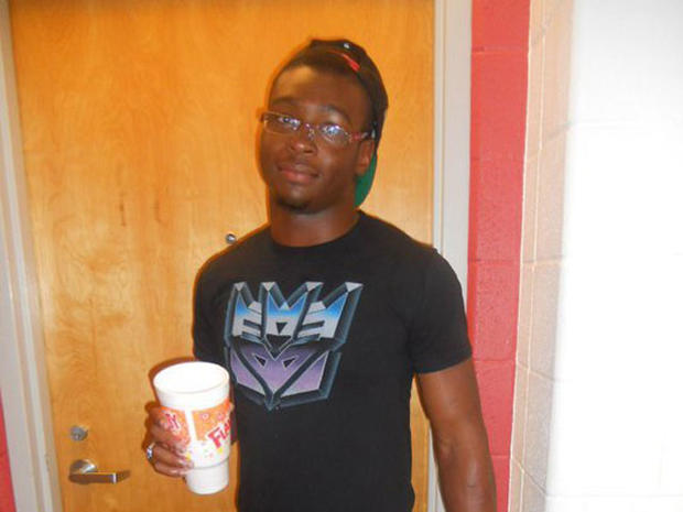 Student fatally tasered by campus police at University of Cincinnati