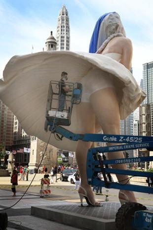 Up-skirt Marilyn Monroe statue: Art or trash?