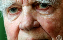 "Andy Rooney ends his regular role on ""60 Minutes"""