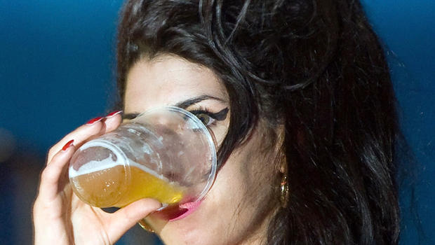 Amy Winehouse Death Puts Alcohol Poisoning In Spotlight