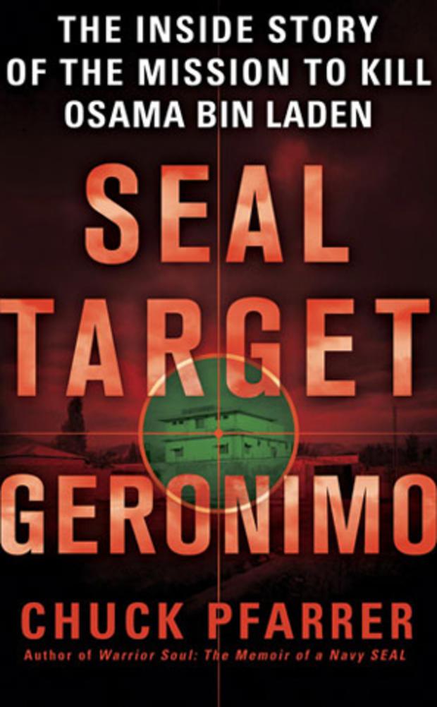 """前海军SEAL Chuck Pfarrer的书""""SEAL Target Geronimo""""的封面,由圣马丁出版社出版"""