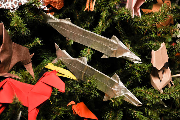 Amazing origami ornaments adorn museum tree