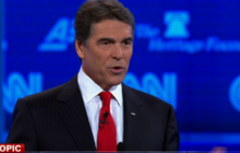 Perry calls on Panetta to protest defense cuts and resign