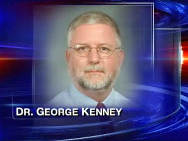 佛罗里达州西南部高中校长乔治肯尼据称催眠学生。