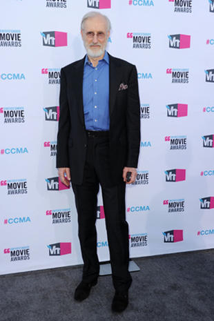 Critics' Choice Movie Awards 2012 red carpet