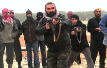 Inside Syrian rebels training session