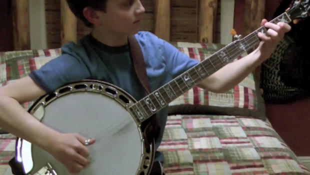 9 year old on banjo and his brothers are back with more music cbs news. Black Bedroom Furniture Sets. Home Design Ideas