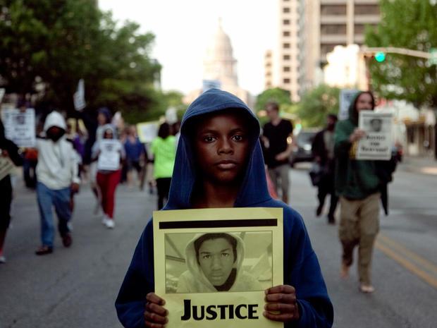 "Trayvon Martin shooting sparks ""hoodie"" movement"