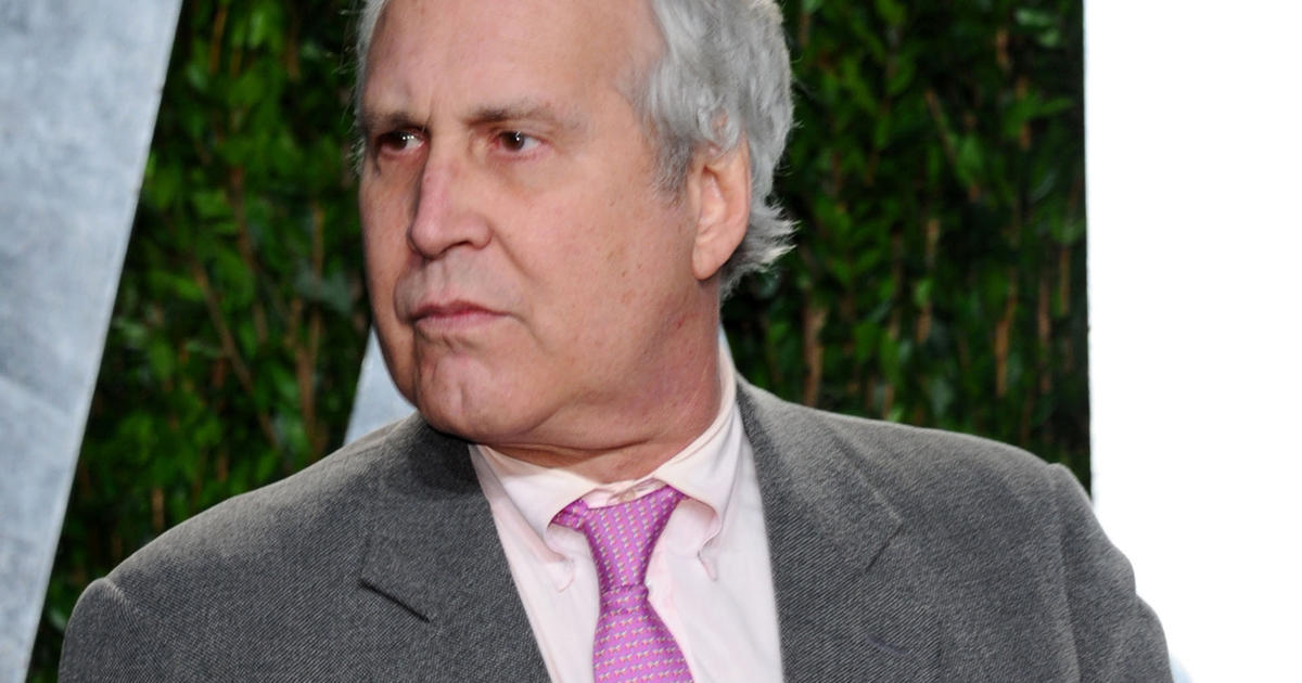 chevy chase bbw personals Chase's weight gain and 'snl 40' behavior caused a frisson of concern from 2013, chase looks like he's gained 40-50 pounds his face and neck have ballooned out chase joked off the fact that he was sweating heavily but many commented that he looked ill several doctors suggested reasons dr ashakan bhavami said chase could be reacting to steroids.