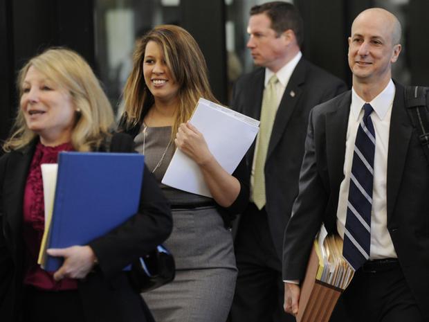 Jennifer Hudson testifies in murder trial