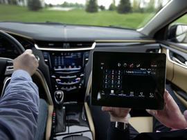 Cadillac XTS free iPad
