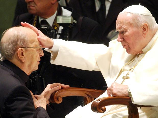Marcial Maciel, Pope John Paul II