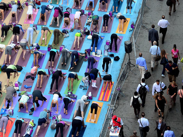 Yoga takes over Times Square for summer solstice