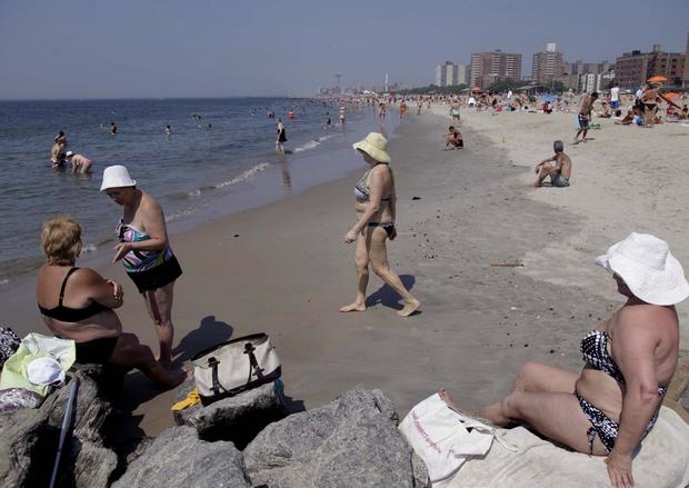Heat wave scorches Northeast