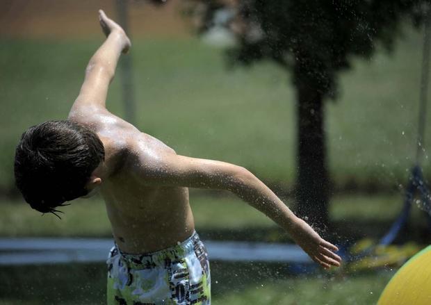 Heat wave scorches Northeast
